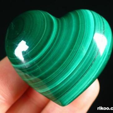 malachite-crystal-heart-06